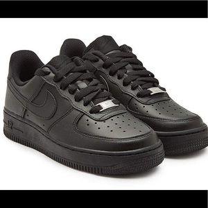 Black Nike AF1